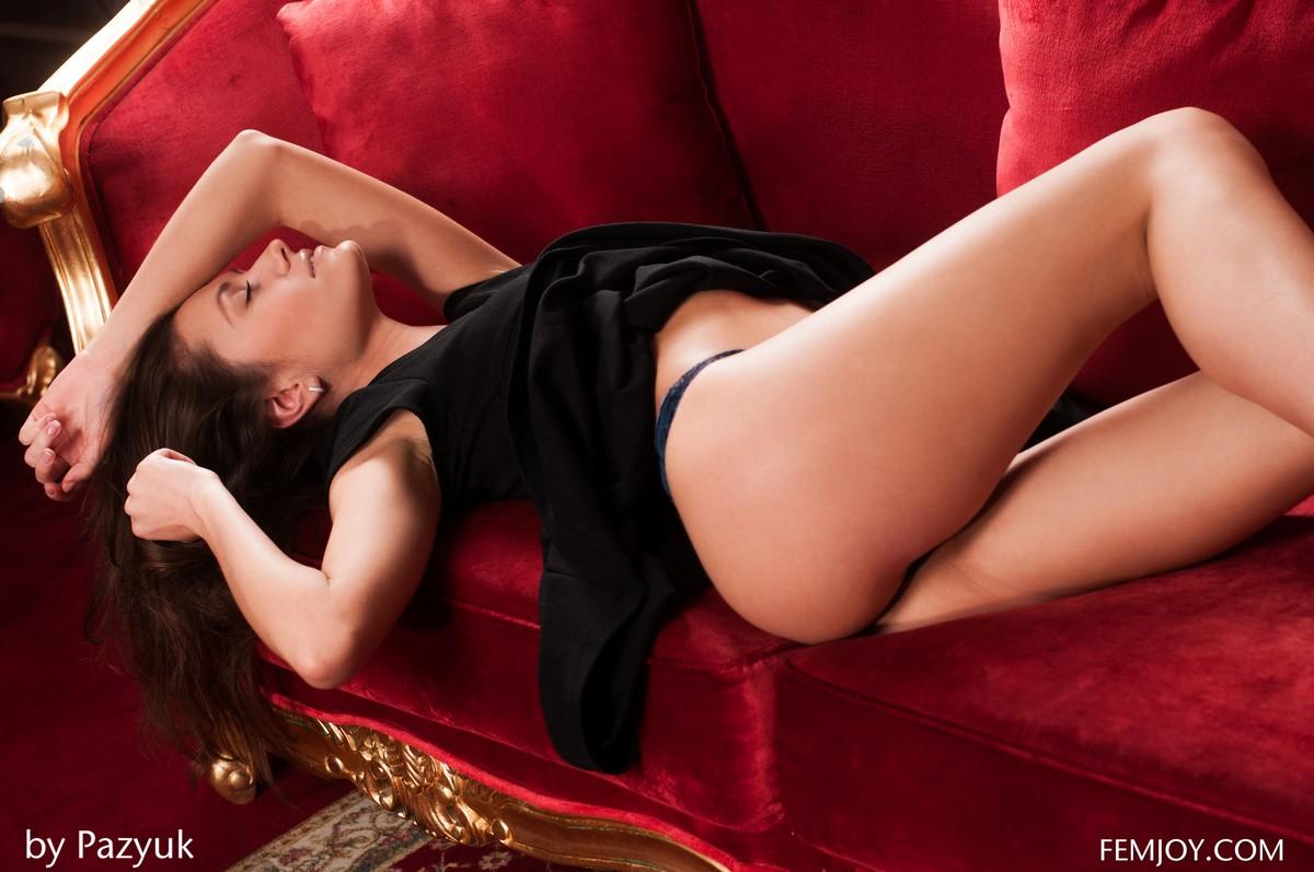 baldızın baldan tatlı olduğunu yatakta anladım
